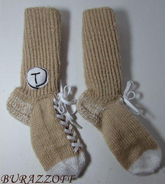 Вязаные носки от мастера Светланы Буразовой. Фото из архива автора.