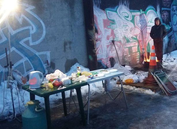 Для всех автолюбителей были организованы горячий чай и питание. Фото из группы ВКонтакте Street Line Club Baranovichi.