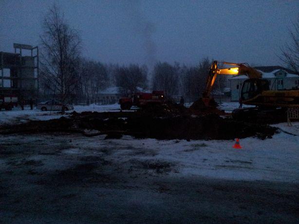 Работы начались ночью. Фото: Татьяна НЕКРАШЕВИЧ.