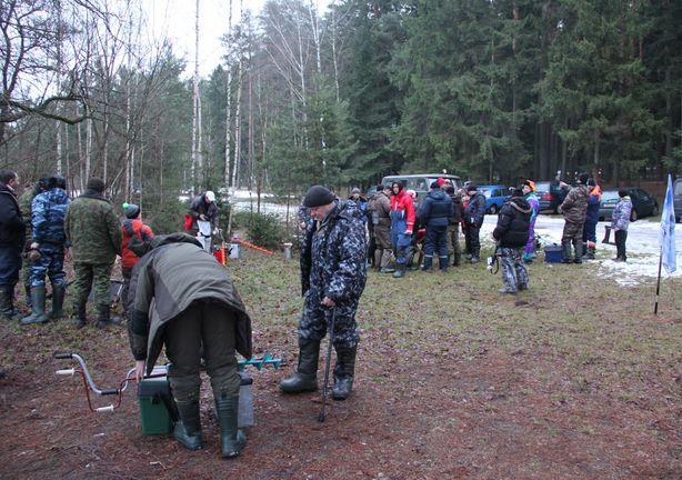 В соревнованиях приняли участие 22 рыбака. Фото: Александр ТРИПУТЬКО