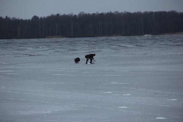 На льду. Фото: Александр ТРИПУТЬКО