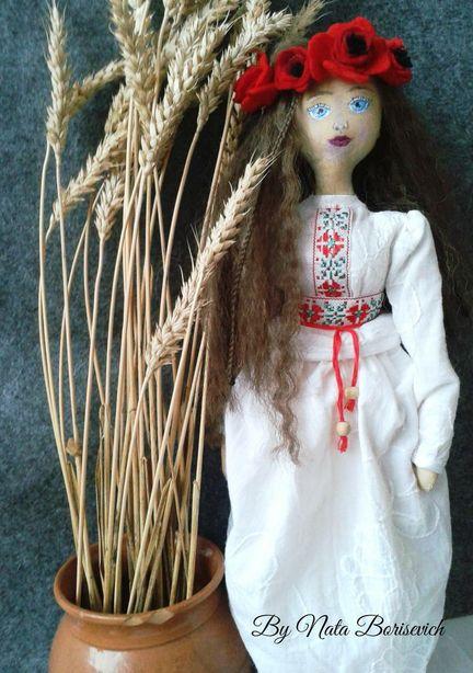 Интерьерная кукла в белорусском стиле. Мастер – Наталья Борисевич. Фото из архива автора.