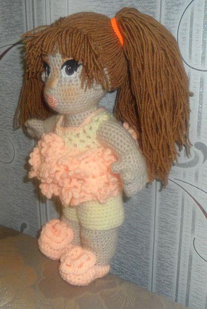 Вязаная кукла Катерины Пинаевой. Фото из архива автора.
