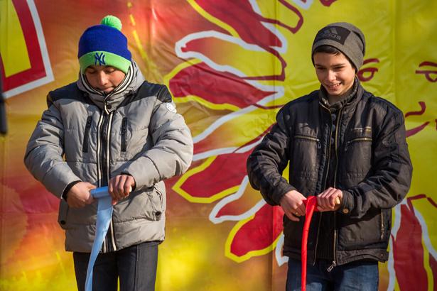 Горожане могли принять участие в различных конкурсах. Фото: Юрий ПИВОВАРЧИК