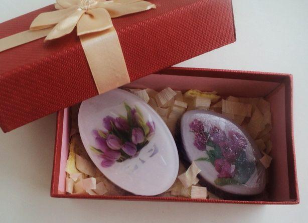 Декоративное подарочное мыло к празднику женщин. Фото из архива автора.