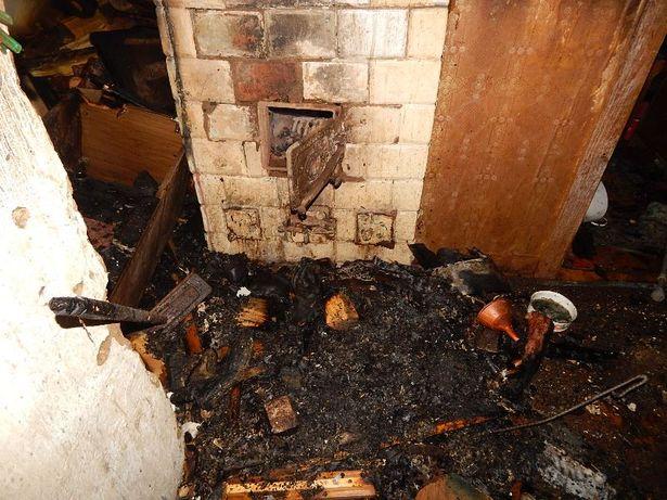 В результате пожара хозяйке дома причинен большой ущерб. Фото:  БАРАНОВИЧСКИЙ ГРОЧС
