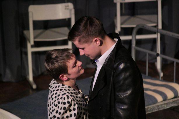 Марья Петровна и ее любимый человек Матвей. Фото: Юрий ПИВОВАРЧИК.