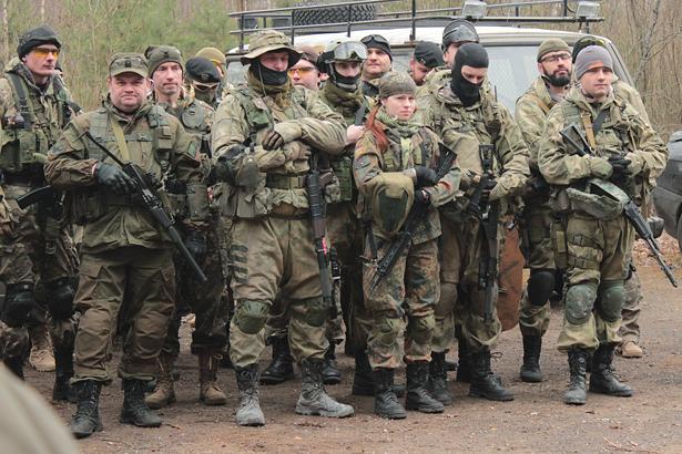 В Барановичи на страйкбол приехали 234 игрока из всей Беларуси. Фото: Юрий ПИВОВАРЧИК