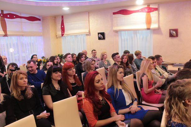 На вечеринку были приглашены лучшие специалисты города. Фото: Юрий ПИВОВАРЧИК.
