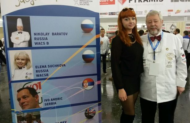 Ольга Рыбалтовская с коллегой. Фото из архива Ольги Рыбалтовской.