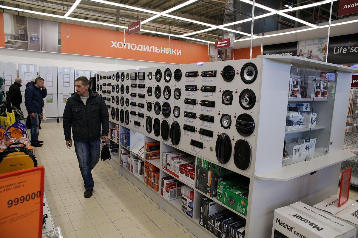 Ассортимент магазина бытовой техники и электроники торгового центра насчитывает более шести тысяч наименований товаров.
