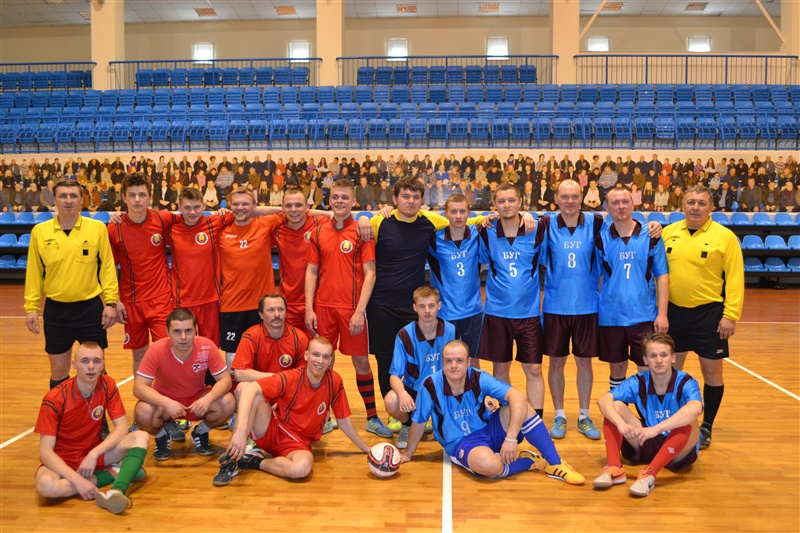 Игроки премьер-лиги чемпионата Беларуси по мини-футболу для глухих.