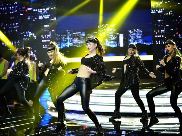 Участники школы танцев ANANKO DANCE SCHOOL на съемках полуфинала шоу «Я могу!». Фото: БЕЛТЕЛЕРАДИОКОМПАНИЯ