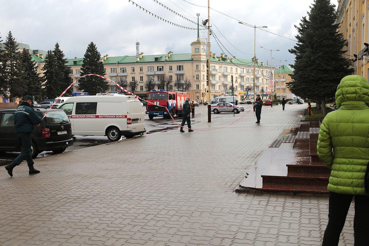 Площадь Ленина была закрыта и для движения пешеходов