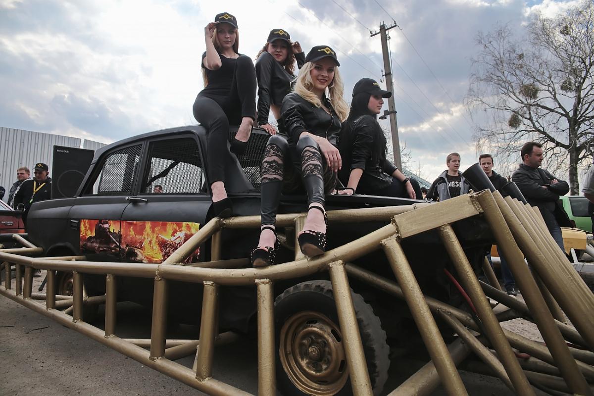 В Барановичах отменили бои автомобилей