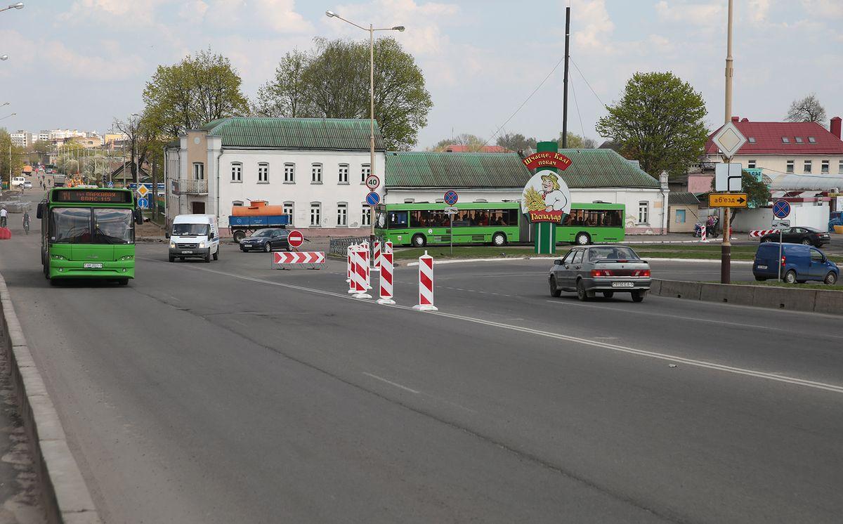 Транспорт на путепровод пустили по новому маршруту