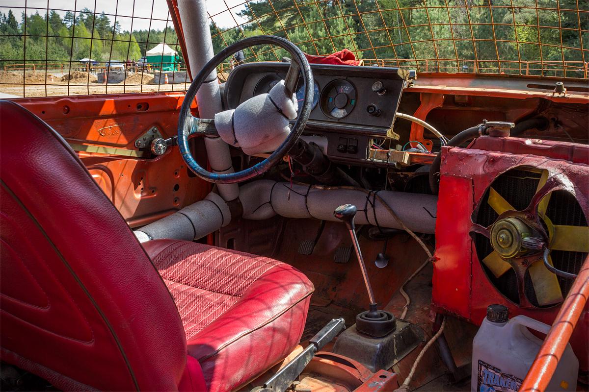 Интерьер подготовленного автомобиля