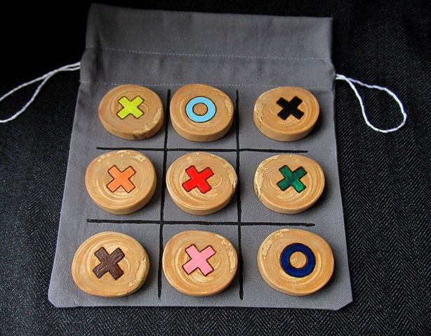 Игра крестики-нолики. Фото из архива мастера.