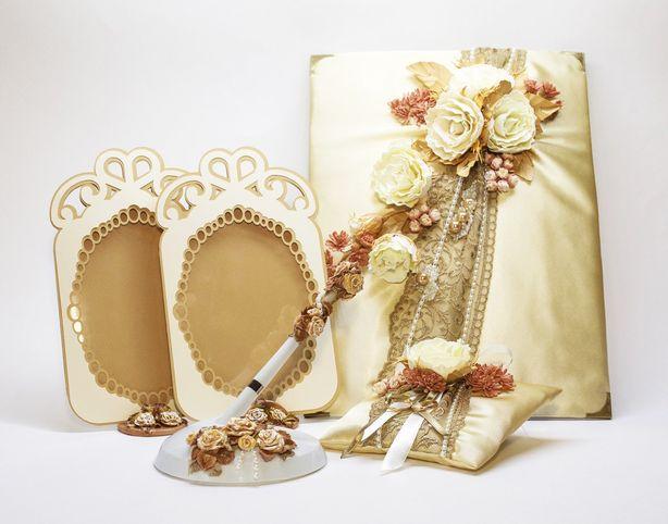 Свадебный комплект. Фото из архива мастера.