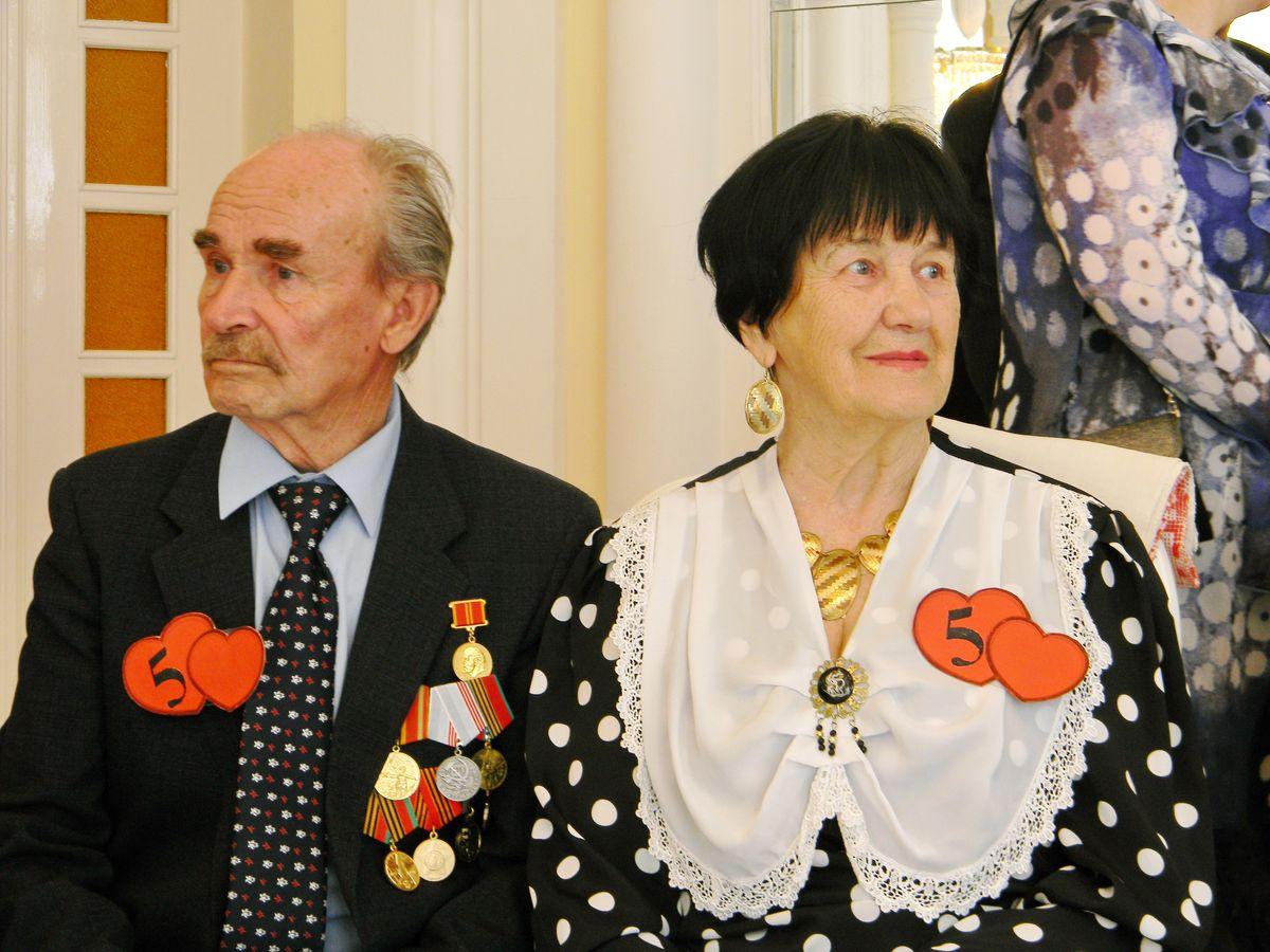 Василий и Агния Гамиловы вместе 59 лет. фото: Наталья СЕМЕНОВИЧ