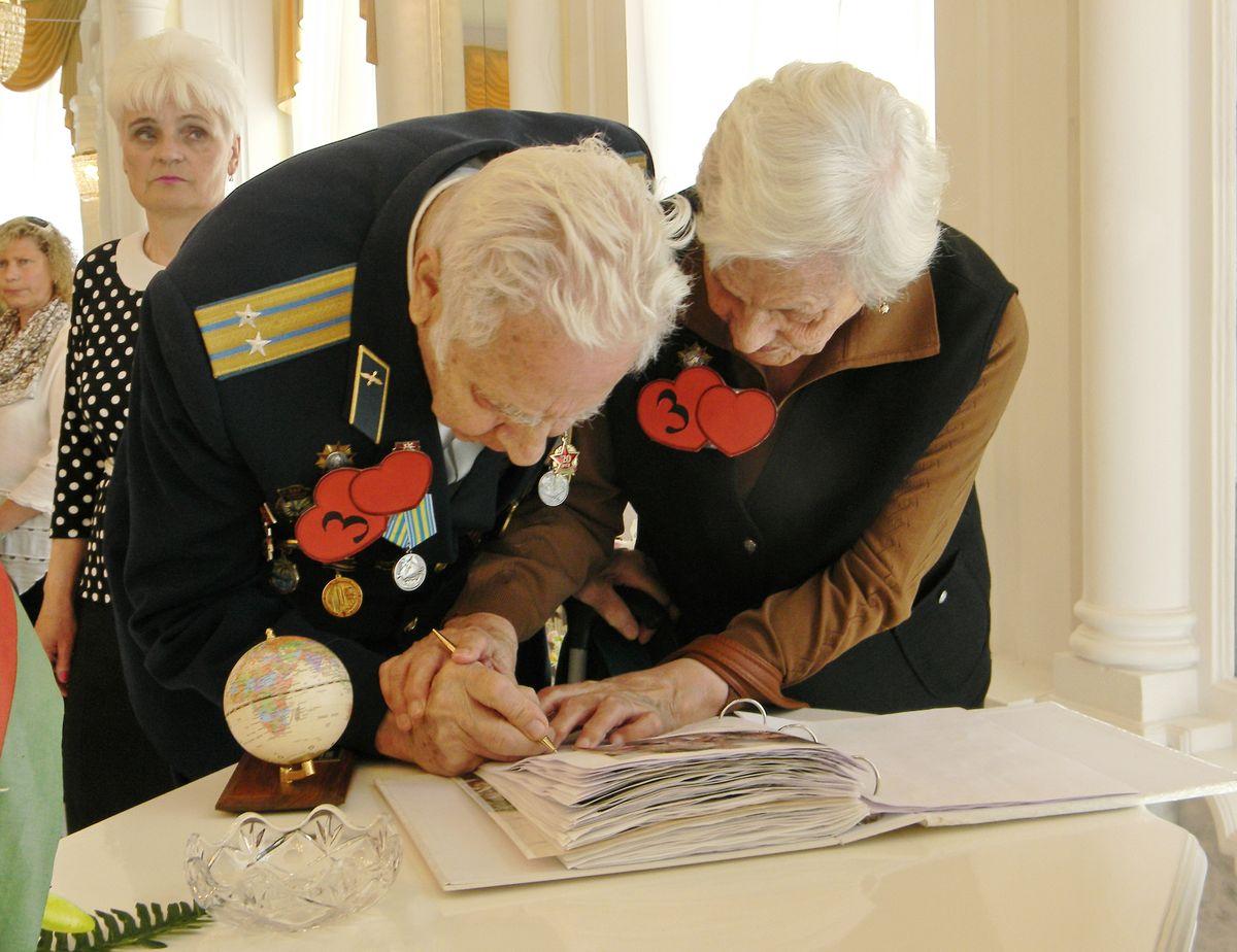 Михаил и Анна Рояк. фото: Наталья СЕМЕНОВИЧ