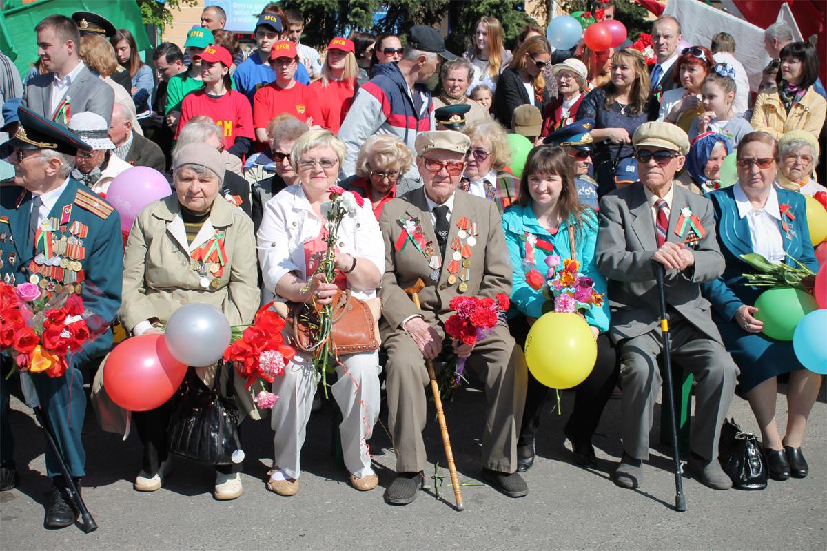 Ветераны на празднике