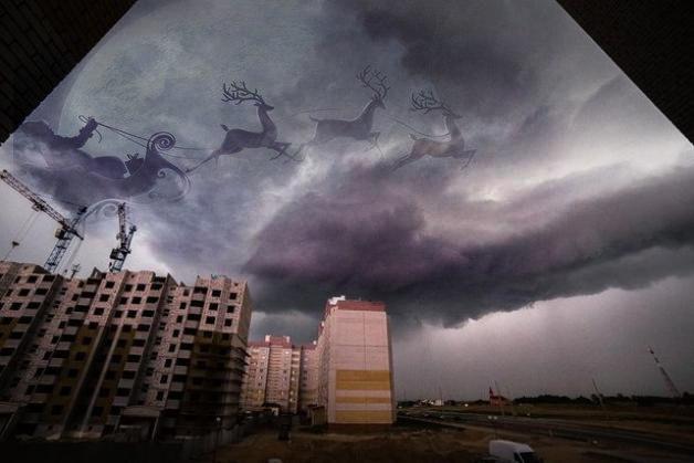 А у меня санта-клаус полетел))). Фото:http://vk.com/podslyshano_baranovichi  @Али Кагиров