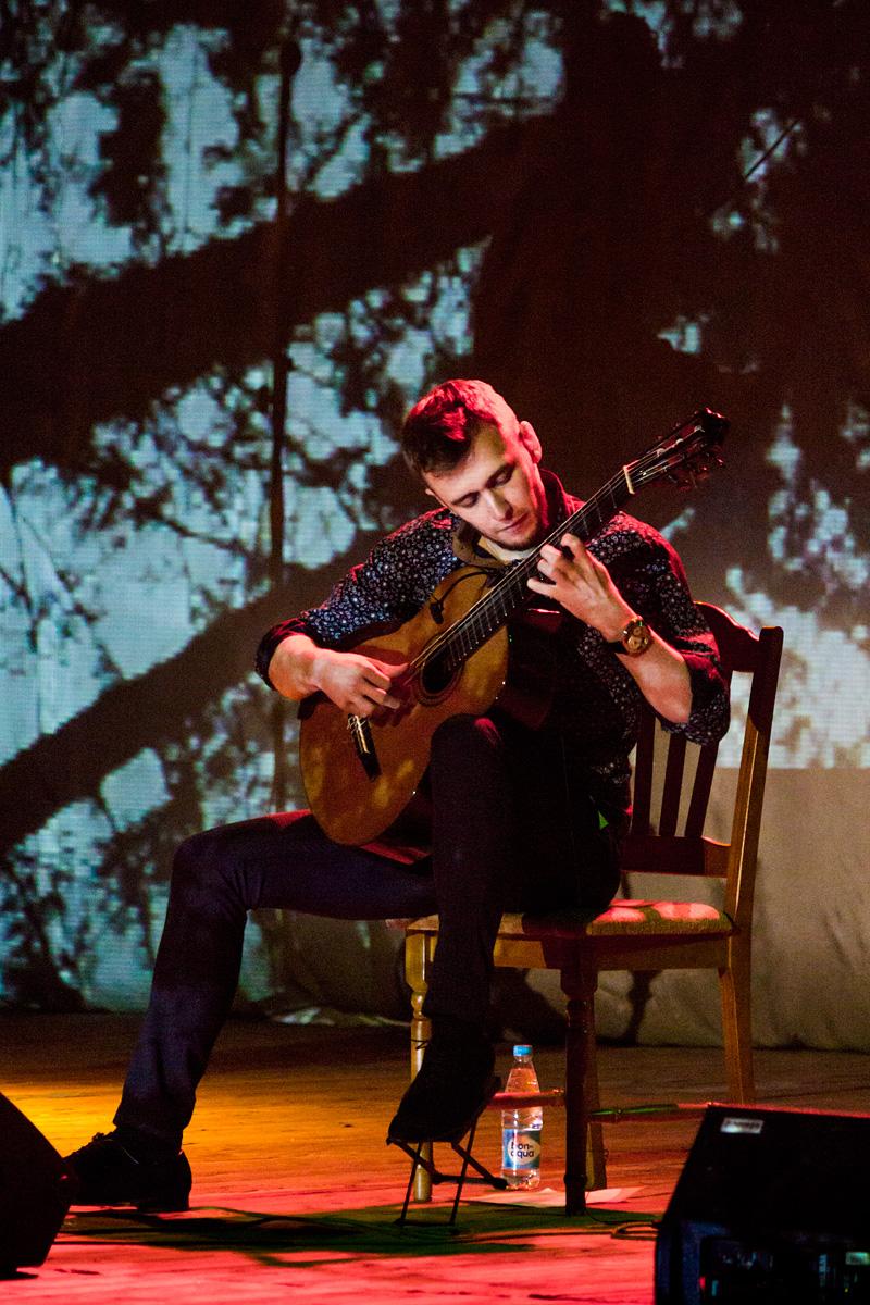 Никита Крейн – гитара