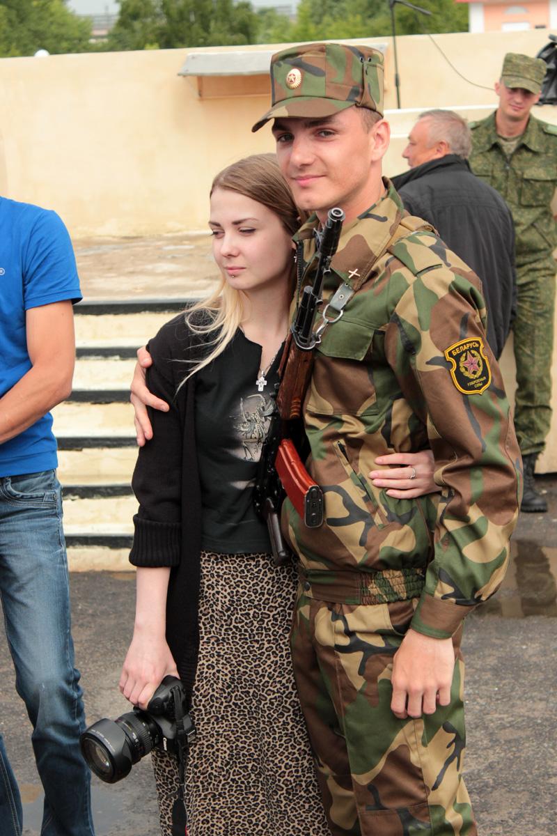 Валентин Барташ со своей девушкой Александрой Буклаковой