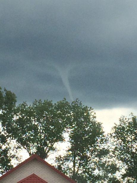 Торнадо в небе над Барановичами. Фото: ВКонтакте