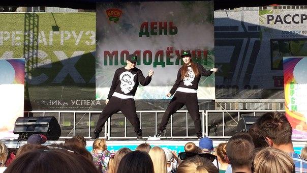 Танцоры школы выступали в трех номинациях: дуэт, брейк-данс и шоу