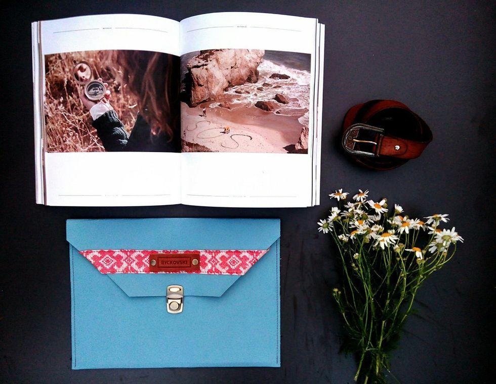 Клатч из новой коллекции дизайнера Евгения Бычковского. Фото из архива дизайнера.