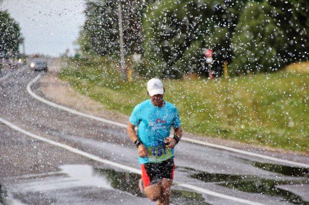 Дистанция марафона была сложной, но прошли ее практически все участники. Фото: Виктор ШУМЕЛЬ.