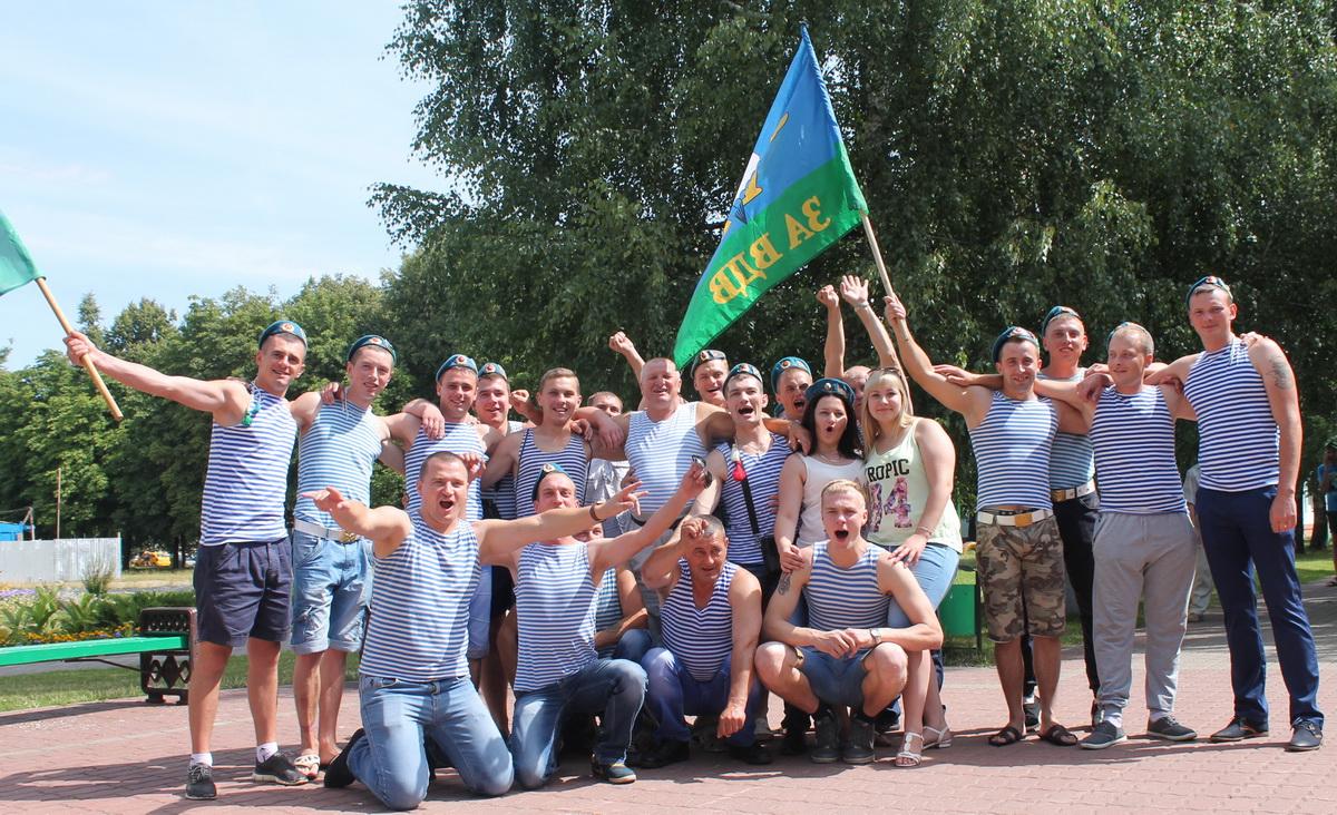 Празднование ВДВ в Барановичах.