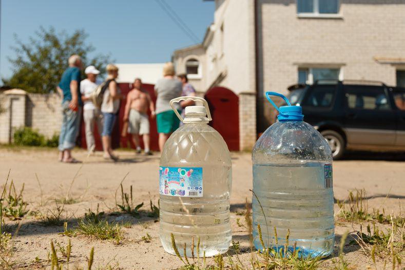 Без воды остались почти 25 домов. Фото: Александр КОРОБ.