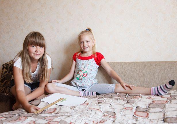 Александра и Ангелина Римша. Фото: Александр КОРОБ