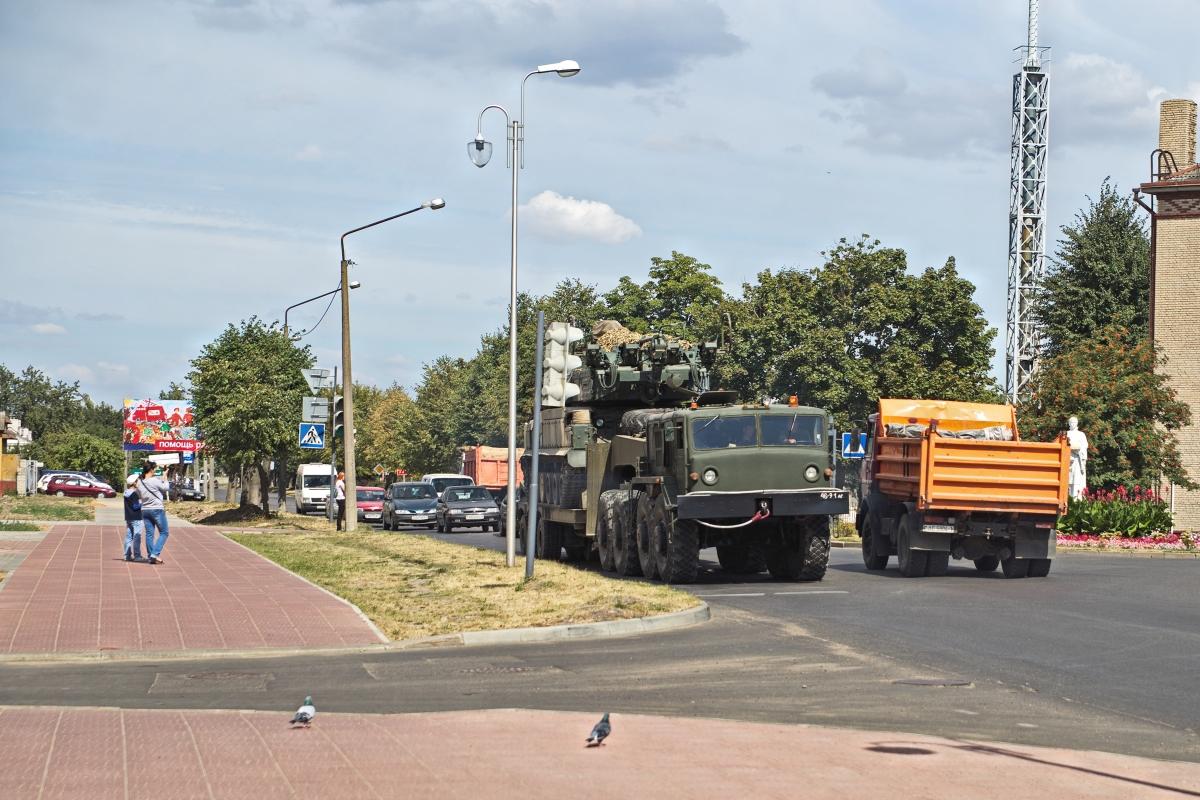 Барановичские военнослужащие готовятся отправиться на учения в Россию. Фото: Дмитрий МАКАРЕВИЧ