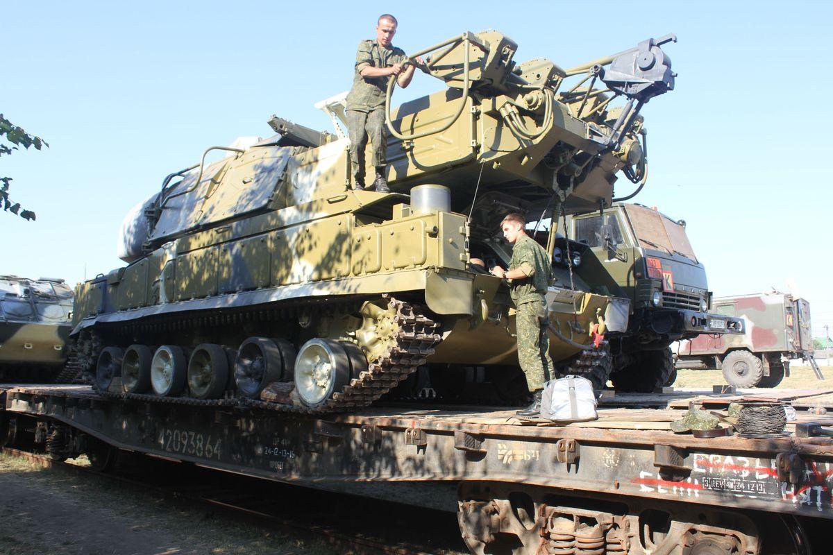 Барановичские военнослужащие поедут на учения в Астраханскую область. Фото: Татьяна МАЛЕЖ