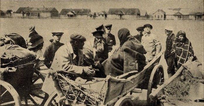 Сяляне на кірмашы ў Баранавічах