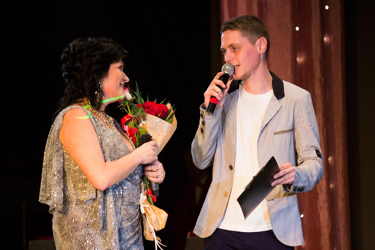 Сын Алексей поздравляет Елену Легостеву с юбилеем