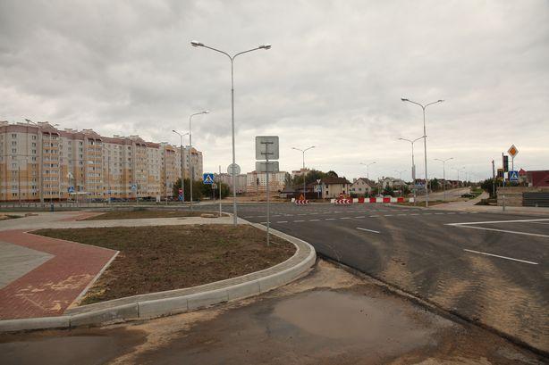 Перекресток улиц Домейко - 50 лет ВЛКСМ. Фото: Александр КОРОБ.