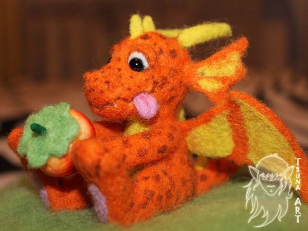Игрушка дракон. Фото из архива мастера.