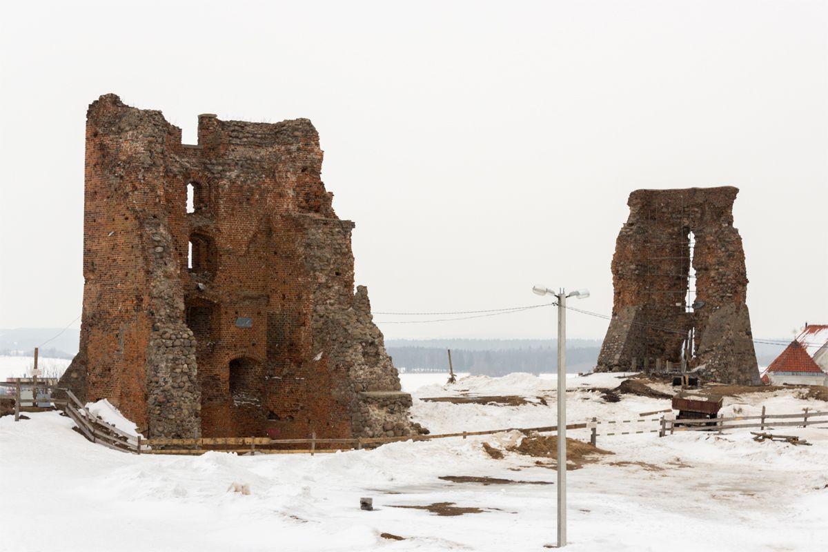 Новогрудский замок. Фото: Юрий ПИВОВАРЧИК