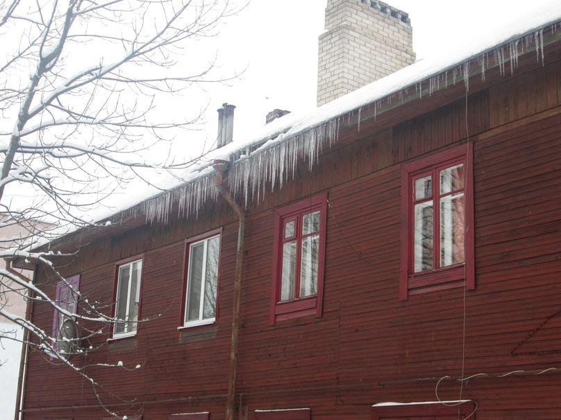 Здание на ул. Комсомольской. Фото: Татьяна НЕКРАШЕВИЧ.
