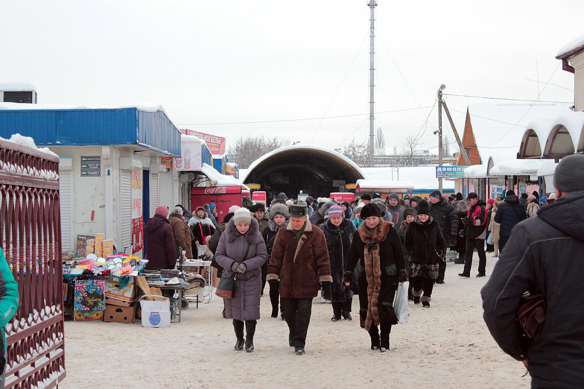 Около 50 предпринимателей прошли от Кооперативного рынка до Барановичского горисполкома 23 января.