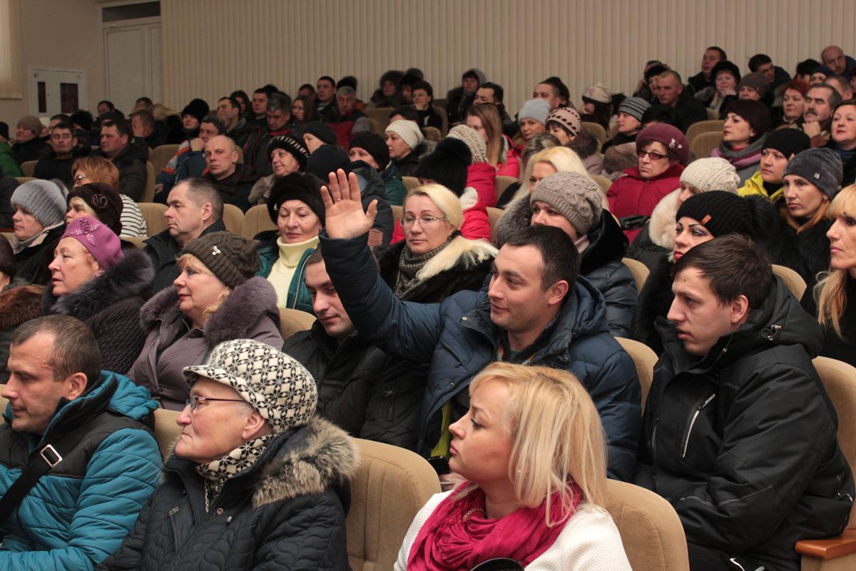 В зале присутствовали около 230 предпринимателей. Фото: Юрий ПИВОВАРЧИК