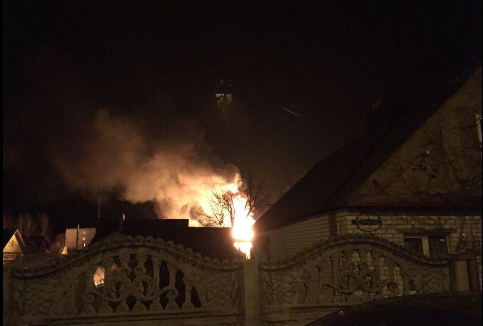 Пожар во 2-м пер. Крошинском. Фото: @SlyxTwitt