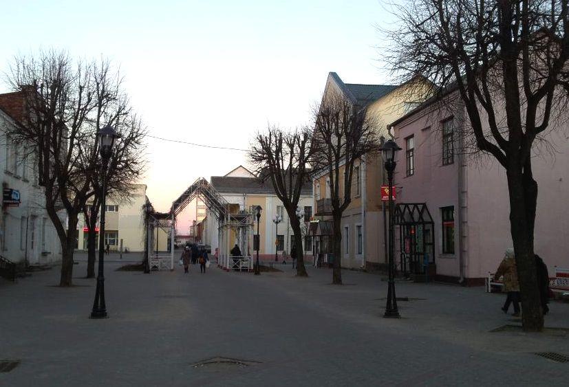 Вход на бульвар Штоккерау со стороны ул. Советской. Фото: Татьяна НЕКРАШЕВИЧ.
