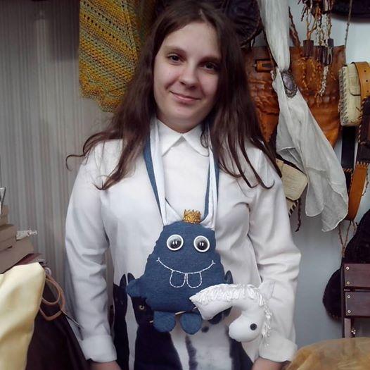 Авторская игрушка заяц-принц. Фото: Татьяна НЕКРАШЕВИЧ