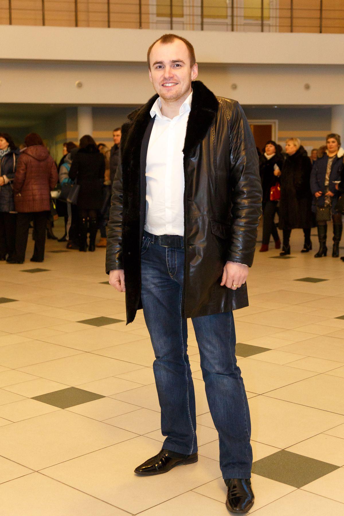 Александр перед началом концерта. Фото: Александр КОРОБ